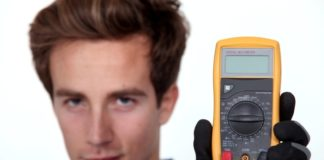 Using a multimeter to check your auto battery