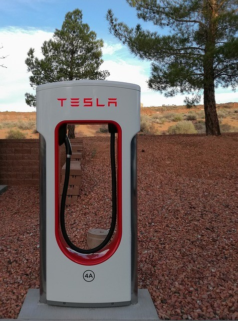 10 Tesla Powerwall Competitors Review - BATTERY MAN GUIDE