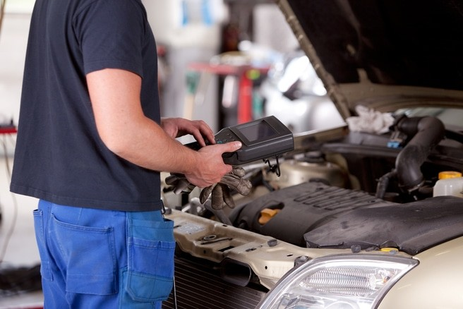 Keeping a car battery clean is the way to last longer