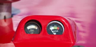 How many amps does a car battery have?
