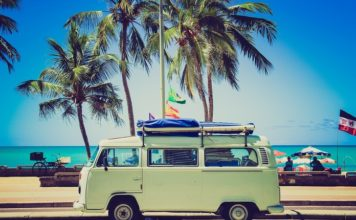 Is disconnecting my auto battery if i will be going on vacation great idea?