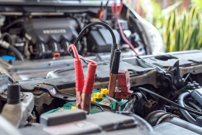 How Long Does A Car Battery Last >> How Long Does A Car Battery Last Battery Man Guide